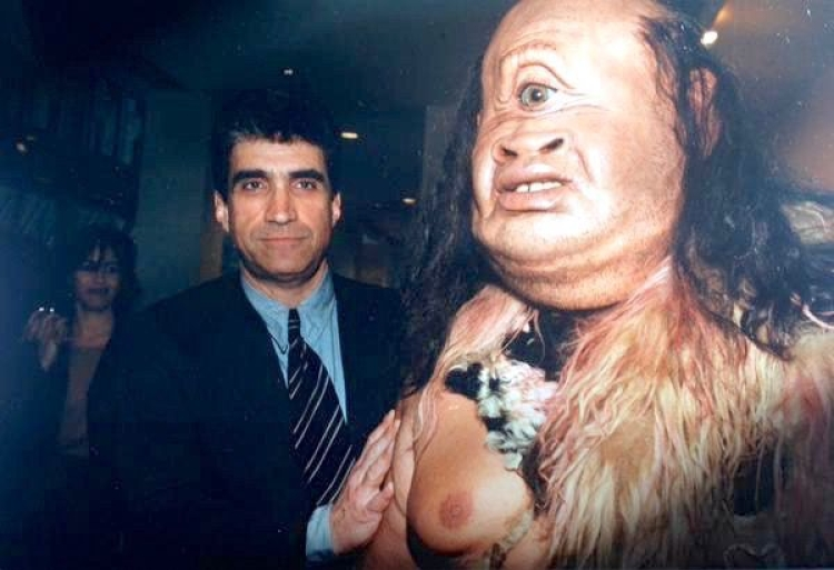Robert Pinsky with Polyphemus (photo)